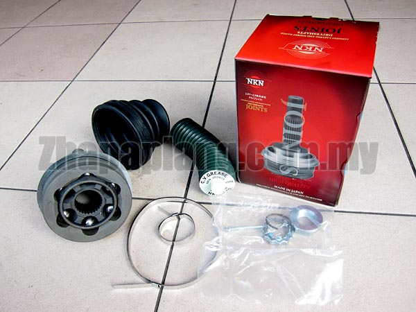NKN CV Joints for Toyota Estima TCR21W w/ABS, 4WD, 4ATM, 2400cc 2TZ-FE, 90/5- - Image 1