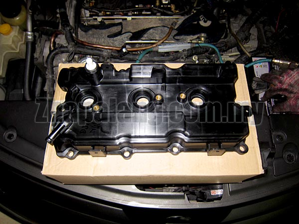 Original Rear Cylinder Head/Valve Cover Assembly - Nissan Maxima/Altima/Murano 3.5 V6(Plug seal included)