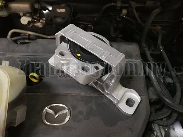 Original Mazda 3 RH Engine Mounting BBM5-39-070C