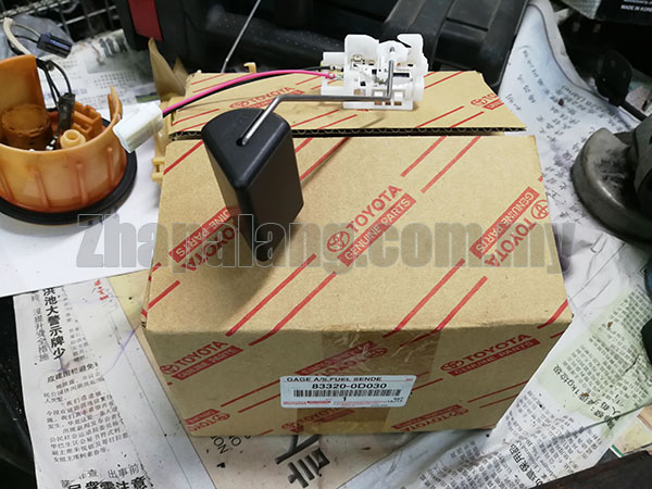Original Fuel Gauge Level Sensor Sending Unit for Toyota Vios 03-07 NCP42