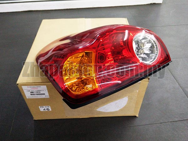 Genuine Mitsubishi Triton Tail Light Lamp RH (MN157914)