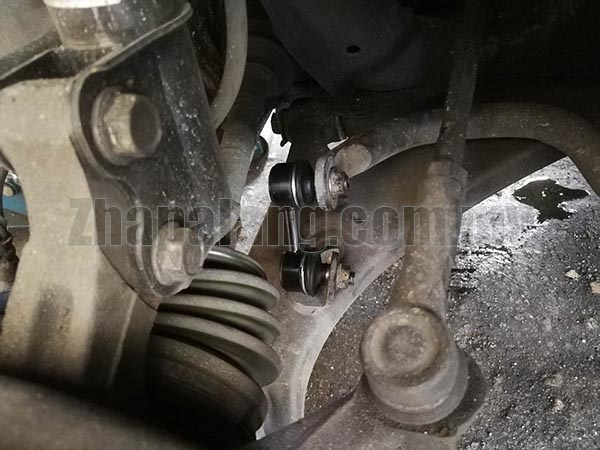 555 Front Absorber Link for Toyota Corolla AE111 - Image 3