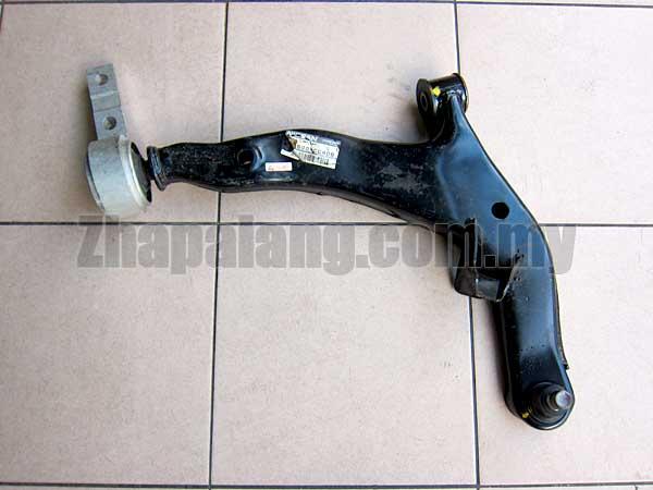 Original Nissan Murano Z50 Front Lower Control Arm 54500-CC40B RH