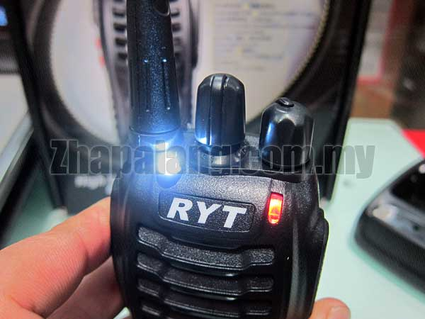RYT TC-390 Portable Radio UHF 400 - 470 Mhz 16CH 5W CTCSS/DCS Walkie Talkie - Image 2