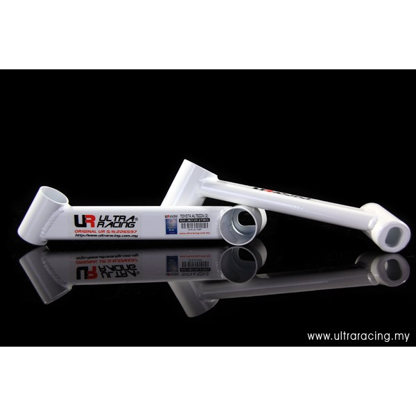 ULTRA RACING TOYOTA ALTEZA RS 200 REAR LOWER BAR 4 POINT