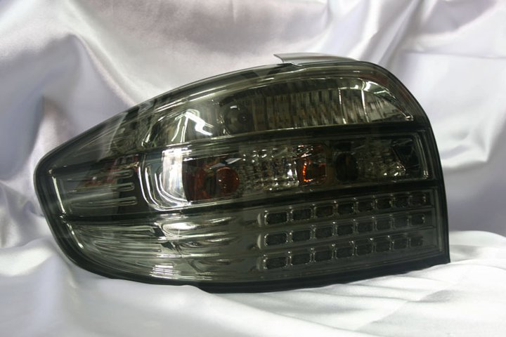 Toyota Vios 03-06  Full Smoke Led Tail Lamp