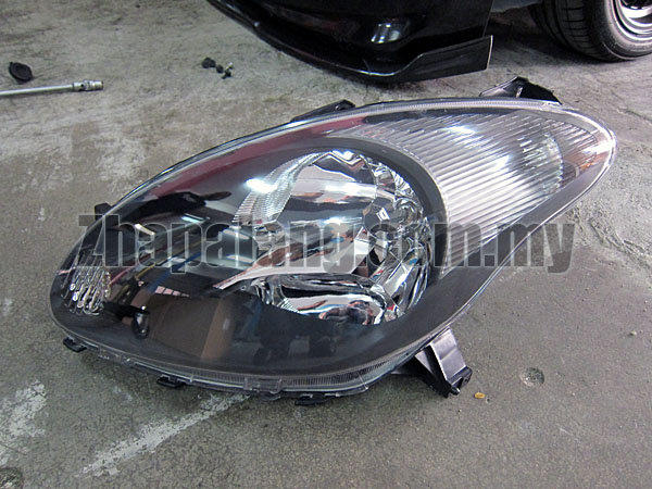 Aftermarket Perodua Myvi 1.3 Head Lamp Black Face LH