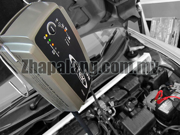 CTEK MXS 25 25A 12V 8-Stage Car Battery Charger & Conditioner