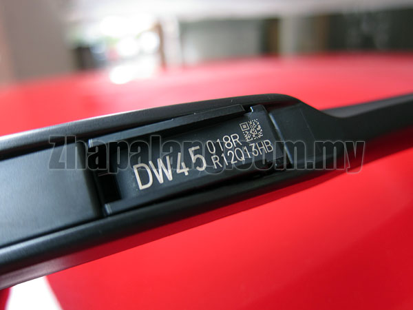 Denso Design/Designer Wiper Blade Premium Graphite Coated 28\