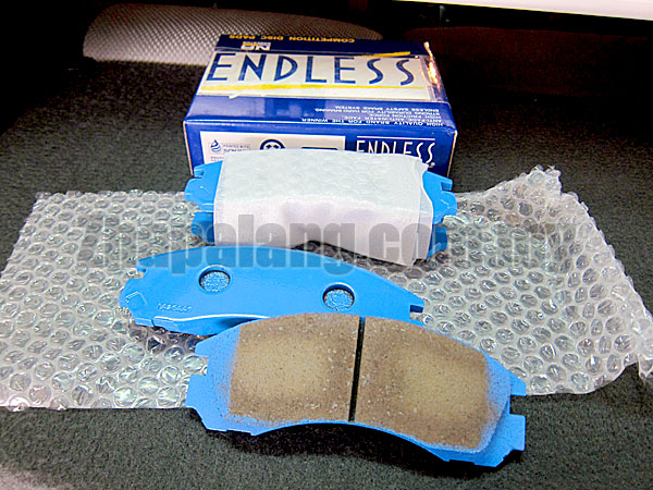 Endless SSS Sport Brake Pads for Evo3, 4, Galant VR4, FTO Mivec(Twin-pot caliper) - Image 1