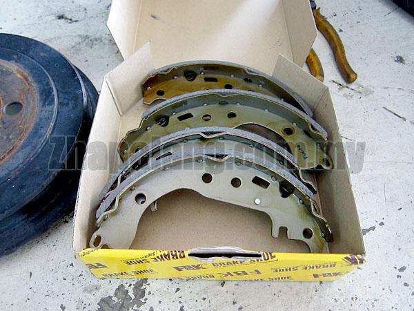 FBK Brake/Bonded Shoes for Toyota Vios NCP42/NCP93 FK2339
