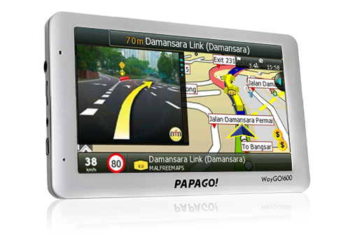 "PAPAGO! WayGO!600 6"" HD GPS *Voice Command*AV"