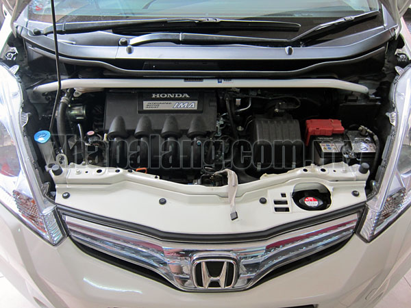 Honda Jazz (Hybrid) 1.3 (2010) Front Strut Bar / Front Tower Bar