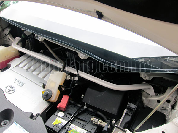 Toyota Alphard 3.5 (2008) Front Strut Bar / Front Tower Bar