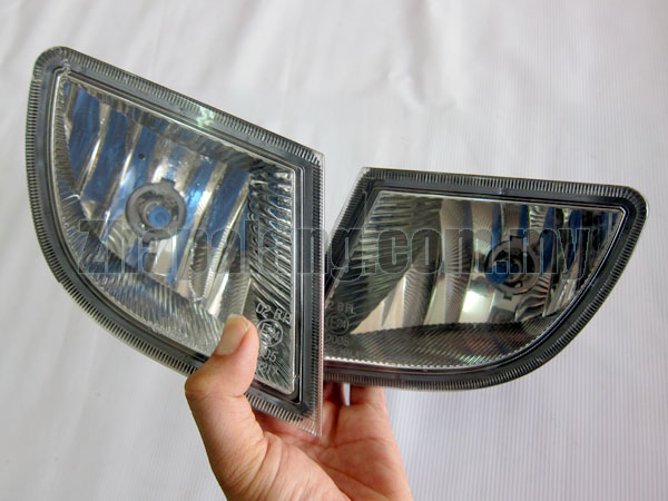[Used]Original Perodua Myvi 1.3 Fog Lamp with Philips Diamond Vision H8