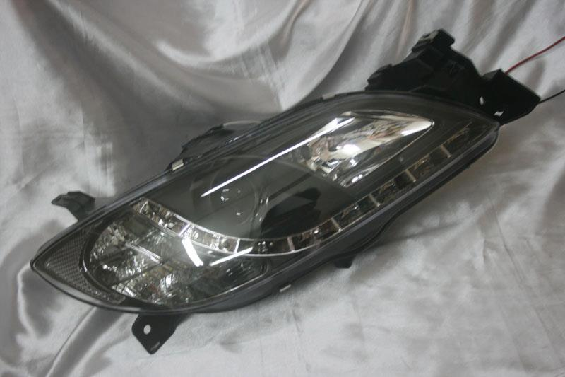 Mazda 3 03 - 08  Black Face Projector Headlamp w DRL