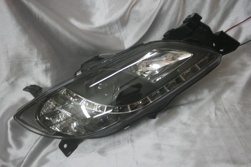 Mazda 3 03 - 08  Black Face Projector Headlamp w DRL